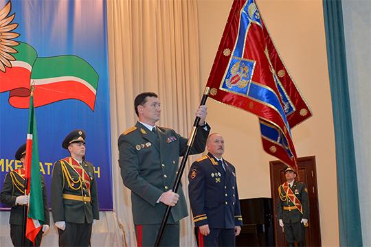 В ноябре 2010 года Шабаев стал начальником управления ФСКН по Татарстану. На этой должности он проработал почти 6 лет и, возможно, работал бы до сих пор, но ему не повезло — расформировали саму службу