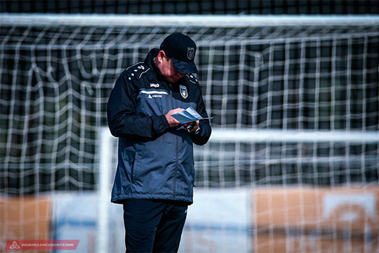 Что было не так в игре Сантоса и почему новый тренер «Браги» не захотел видеть его в своей команде, теперь предстоит понять Леониду Слуцкому