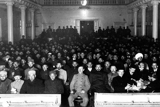 Фуад Туктаров избирается участником I съезда мусульман России, делегатом III съезда мусульман в Нижнем Новгороде в августе 1906 года