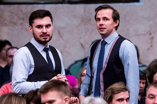 кроме простых слушателей наконцерт пришел иколлега Рыбникова, молодой татарстанский композиторЭльмир Низамов (слева)