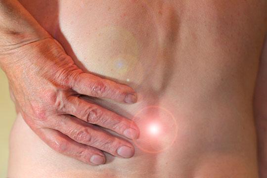 Комне наприем часто обращаются пациенты, которых «заклинило» врезультате подъема разных тяжелых предметов