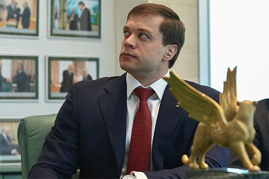 По информации «БИЗНЕС Online», в структурах, близких к группе компаний ТАИФ, всерьез обсуждается вариант, при котором 35-летний Тимур Шигабутдиновможет стать президентом футбольного «Рубина»