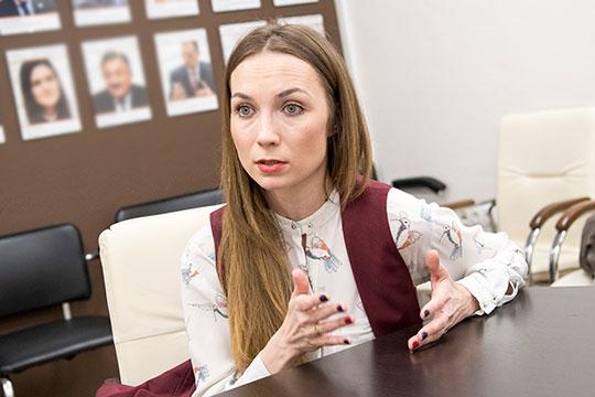 Алена Белоглазова cмело выступает зато, чтобы наше село и, вчастности, молочная отрасль, развивались ииспытывали меньше проблем, чтобы татарстанцы покупали не«пальму», аэкологически чистые молочные продукты имолоко