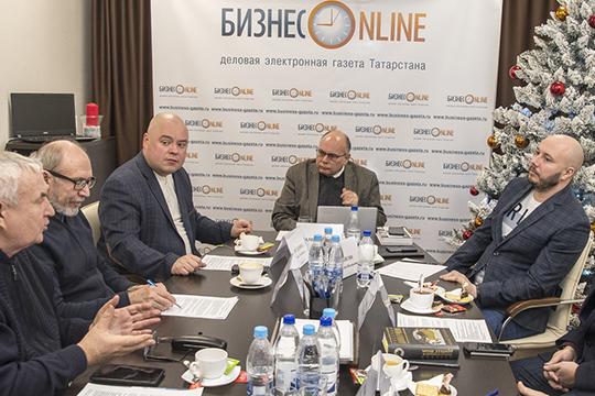 Татары имеют самый развитый национальный интернет среди народов России. Только в соцсети «ВКонтакте» — 6 тысяч татарских групп, в «Одноклассниках» — 4 тысячи. То есть у татар сохраняются активные горизонтальные связи