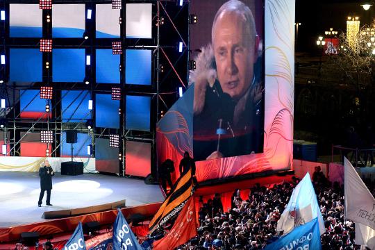 Второе место в рейтинге по праву досталось еще одной теме федерального масштаба — выборам президента РФ (индекс 297,78), на которых грандиозную победу одержал Владимир Путин
