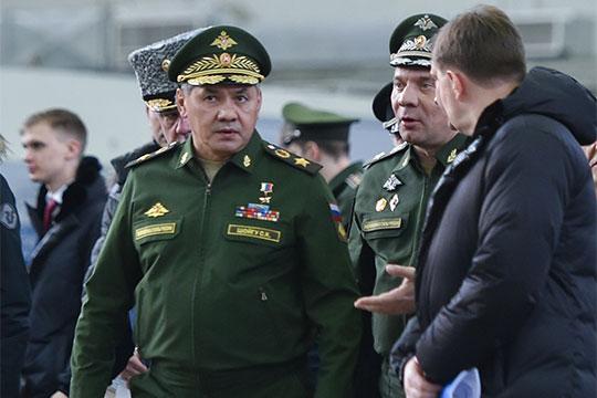 По данным «БИЗНЕС Online», 23 января в Казань должен был приехать министр обороны России Сергей Шойгу. Но едва ли не в последний момент визит отменили