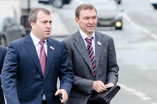 Один из совладельцев группыДмитрий Самаренкин (справа)отметил, чтопартнерство с«Татнефтью»открывает новую страницу вистории«Нэфиса»