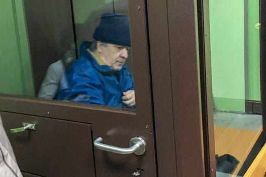 Фаик Гараев находитсяпод домашним арестом поделу омошенничестве сденьгами дольщиков, которые брали напокупку жилья ипотечныекредиты