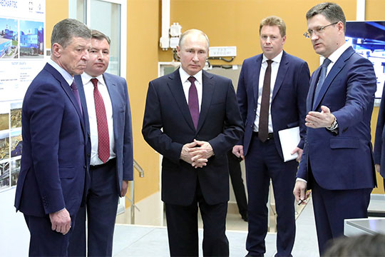 В Севастополе, на полную мощность выходит Балаклавская ТЭС и симферопольская, Таврическая ТЭС. Эти станции с октября прошлого года уже работают, поставляют энергию