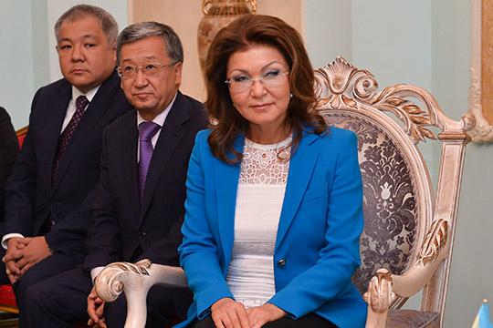 Назарбаев сохранил влияниенаверхнюю палату парламентачерез старшую дочь Даригу, ставшую спикером сената