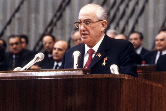 Моглили Андропов иПитовранов развалить СССР?