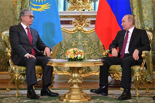 Новый президент Казахстана Касым-Жомарт Токаев за две недели своего правления успел совершить первый зарубежный визит в Москву, что, естественно, дало повод для дискуссий политологов и экспертов