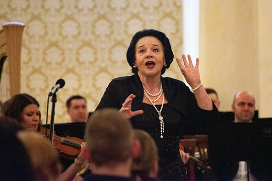 80-летняя Богачева аж трижды выходила к публике, вызвав настоящий фурор у зрителей