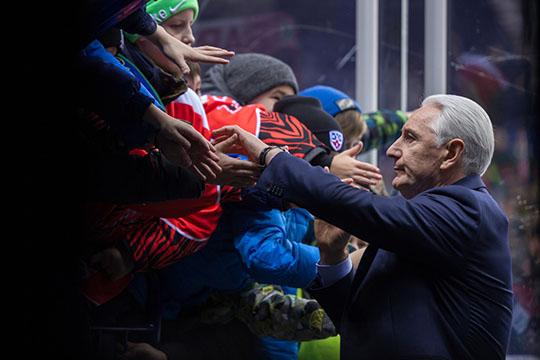 Сенсацией недели стала добровольная отставкаЗинэтулы Билялетдинова с поста главного тренера «Ак Барса»