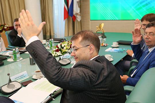 Впоследние годы Руслан Альбертович стремительно наращивает влияние внутри ТАИФа