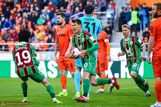Нападающий «Рубина» Дмитрий Полоз сравнял счёт уже через три минуты и поругался на своих игроков в перерыве