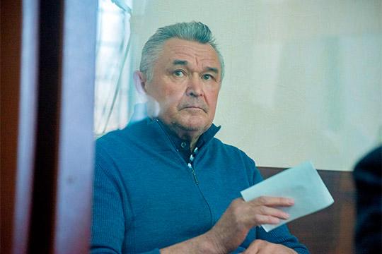 УБЭП иСКсчитают, что депутат Госсовета РТИльдус Касымов, будучи главой Бугульмы, получил взятку в2,7млн рублей законтракт наустановку музыкального фонтана вцентре города