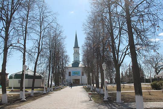 Первая соборная мечеть наулице Тукаева, которая никогда незакрывалась