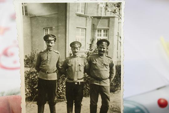 «Есть фотография, где один изСатаевых находится вГермании»