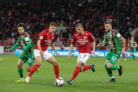 В последнюю неделю «Спартак» вновь превратился в главного поставщика новостей в российском футболе.