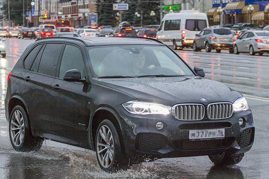 Хит продаж последних лет среди новых BMW, полноразмерный кроссовер Х5, на вторичном рынке занял только третье место