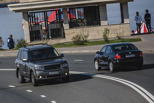Короли понтов: «пятерка» BMW втрое дешевле новой, 8-летний Range и Volvo ценой в Granta