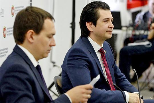Сразу после отставки Хайруллина мы называли кандидатуру нынешнего 43-летнего министра экономики Фарида Абдулганиева. По нашим сведениям, прямое предложение ему было сделано