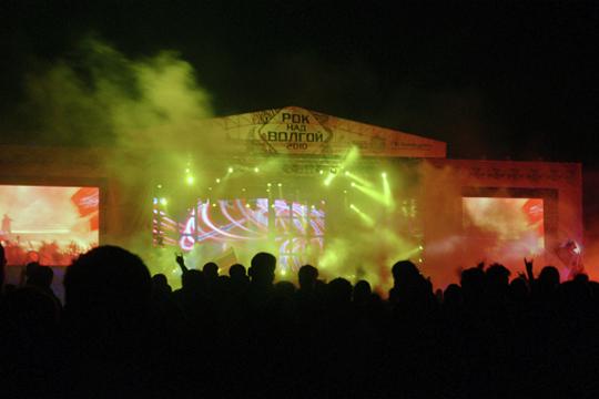 NCA — действительно солидная организация, которая работает на рынке организации концертов больших звезд уже больше 20 лет. Их самый яркий проект — это фестиваль «Рок над Волгой»
