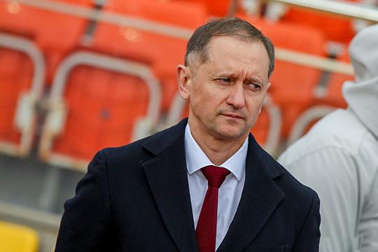 Всложный момент, когда отфутбольного «Рубина» отвернулись все,Сайманов даже без своего многолетнего соратникаКурбана Бердыевавзялся засоздание нового клуба