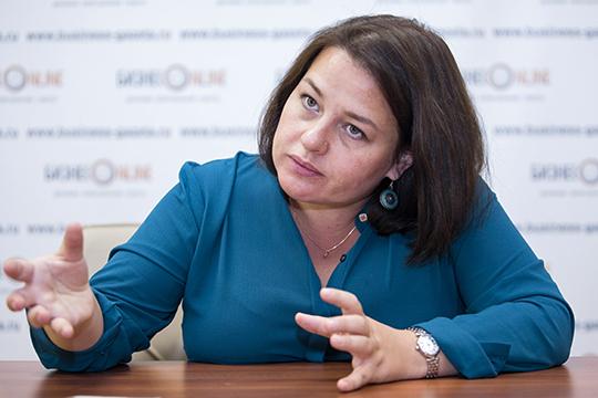 Лилиана Сафина: «Такие авторитарные люди, как Фарисов, к сожалению, часто встречаются среди наших руководителей. Но культурная автономия это все-таки общественная организация, а не орган государственной власти»