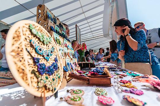 «Недавно в Горкинско-ометьевском лесу прошёл Фестиваль самозанятых, где более 170 самозанятых представили свою продукцию и креативные проекты»