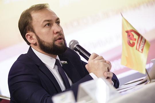 В 4-м Прибрежном округе победил директор ООО «ИВЦ «Анатомика» Альмир Михеев от партии «Справедливая Россия»