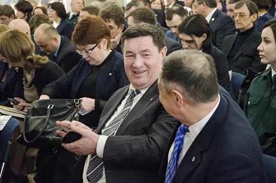 Вконце октября 2014-го кресло министра занялАлмас Назиров, при котором денежные потоки увеличились — 2,19млрд рублей уже за три года