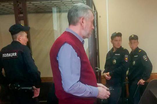 По словам Владимира Васильева, проверка офиса, прошедшая в начале прошлого сентября, которая и выявила недостачу, прошла незапланировано