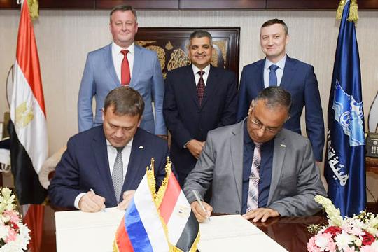 9 октября в Каире судостроительная корпорация «Ак Барс» и администрация Суэцкого канала (АСК) подписали меморандум по стратегическому сотрудничеству