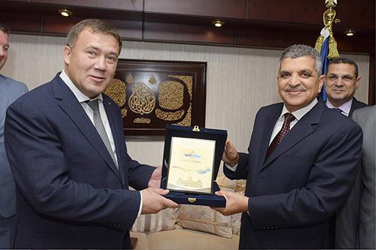 Ренат Мистахов: «Только в этом году я сюда уже 8 раз приезжал… Вместе со специалистами Центра технологии судостроения и судоремонта обошли несколько египетских верфей, сделали отчеты»