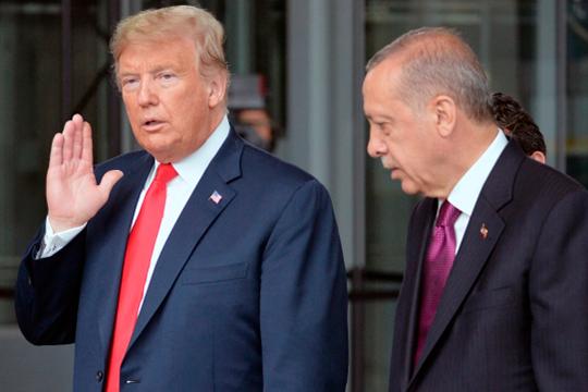 От угроз Трампа Реджеп Тайип уже равнодушно отмахнулся: турецкий лидер полагает, что американский президент сделал свои резкие заявления не совсем всерьез