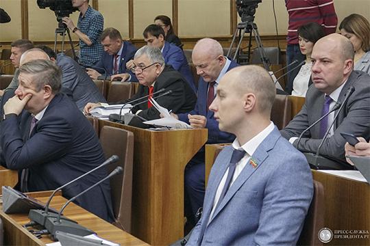 Хафиз Миргалимов: «Тех денег, которые закладываются в республиканском бюджете на проведение глазных операций, не хватает, и татарстанцы вынуждены ехать за операцией в другие регионы»