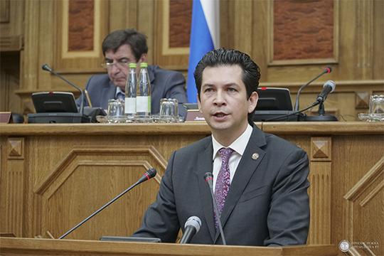 По словам Фарида Абдулганиева, параметры республиканского бюджета сопоставимы с регионами аналогичного уровня, такими, как Башкортостан, Челябинская и Нижегородская области
