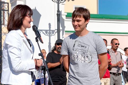 По мнению Фаниля Валиуллина, конкурс не проводится на должном уровне, это в первую очередь касается освещения его в СМИ