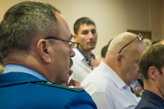 Степан Спиридонов запросил дня фигурантов в сумме 66 лет реального и 39 лет условного срока. Получилось в итоге 41 и 35 соответственно