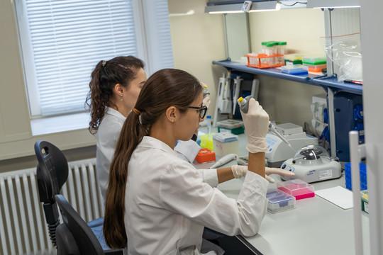 В рамках сотрудничества КФУ с научно-образовательными центрами Японии в Казань приехал Танака Кацунори, руководитель лаборатории биомолекулярной химии Химического института им. Бутлерова