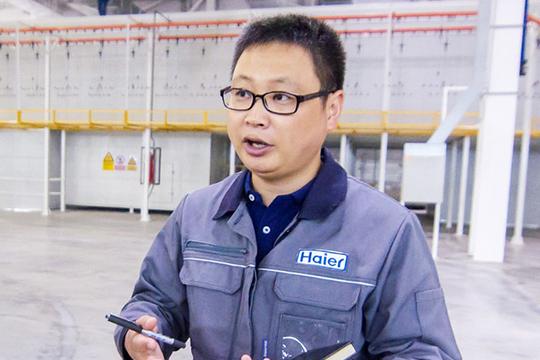 Сунь Гуйвэй, гендиректор завода стиральных машин ООО «Хайер Лаундри Машин Рус», окончил университет в Китае по специальности «механическая наука», после чего устроился на Haier