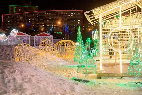 Главная елка Набережных Челнов откроется 25 декабря на праздничной площади перед мэрией