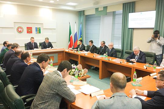 Тайный совет академиков: Шадриков собрал консилиум по теме спасения воздуха Нижнекамска