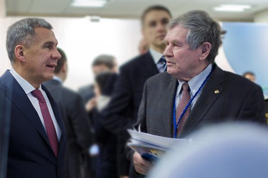 Как говорит гендиректор «Татнефтехиминвест-холдинга»Рафинат ЯруллинТатарстан перестанет быть лидером среди регионов России пообъему выпуска нефтехимической продукции