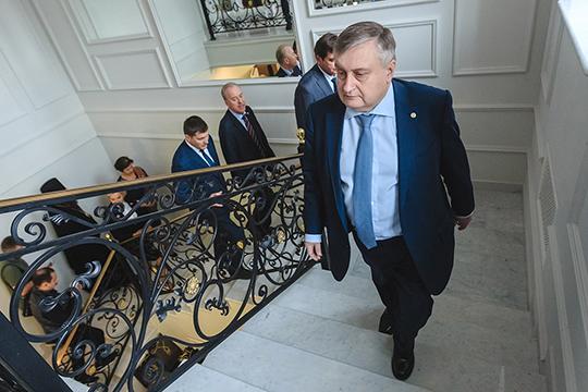 Республиканский «Связьинвестнефтехим» под управлением Валерия Сорокина представлен в нашем рейтинге солидным кластером