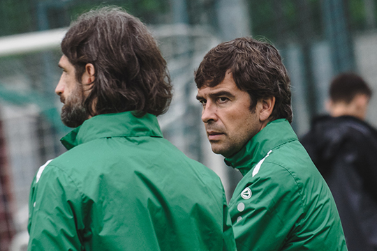 «Рубин» уволил Романа Шаронова, вместе с которым команду покинул только Эдуардо Докампо