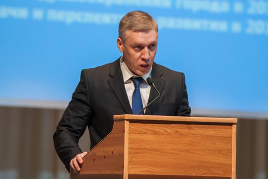 Нияз Фатыхов ждет подписи министра под приказом об увольнении и готовится к новому месту: несколько вариантов, по его словам, уже есть, но конкретное кресло пока не определено