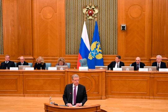 Состоялось расширенное заседание коллегии СП, накоторое собрались нетолько аудиторы федерального аппарата, ноируководители региональных отделений